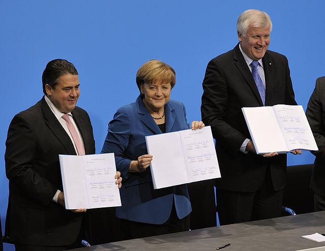 GroKo - die Unterschrift unter den Koalitionsvertrag