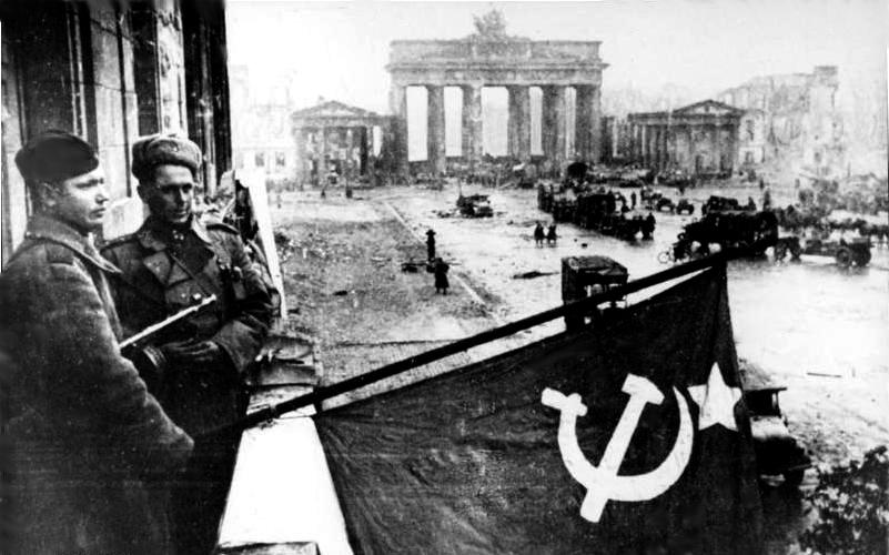 Mai 1945 Brandenburger Tor