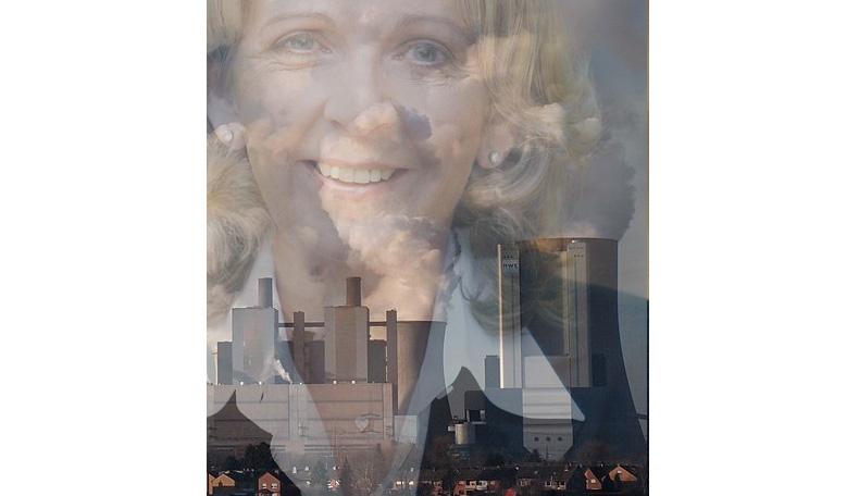 Hannelore Kraft und Braunkohlenkraftwerk