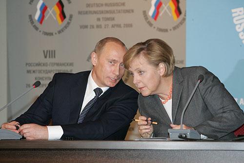Putin mit Merkel
