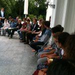 Schüler in der Villa Hammerschmidt