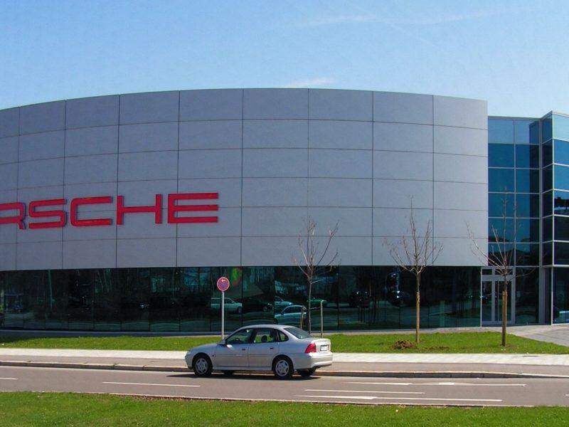 Porsche-Vertriebszentrum München