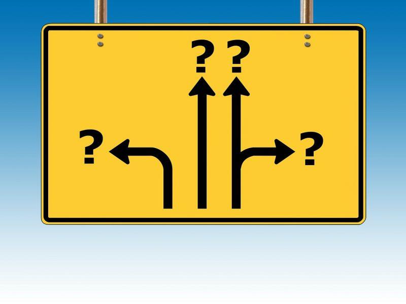 """Symbolbild """"Wo geht es weiter?"""""""