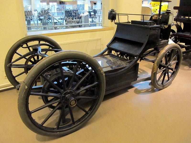 Traktionsbatterie im Egger-Lohner-Elektromobil, Baujahr 1899