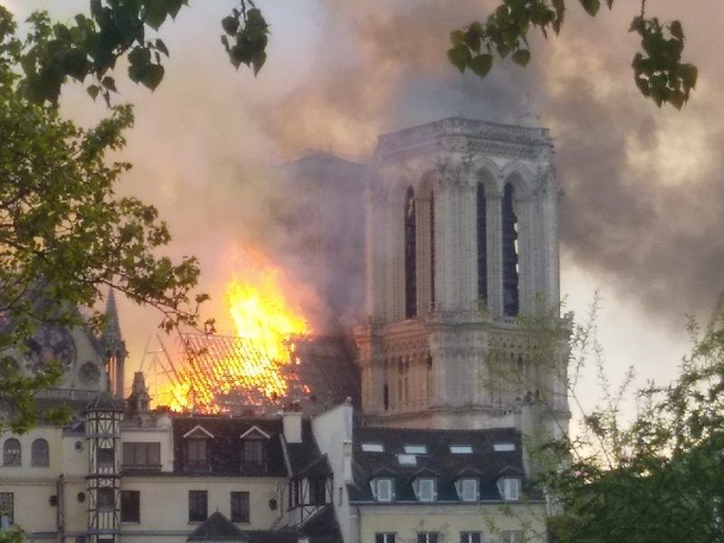 Brand von Notre Dame am 15. April 2019