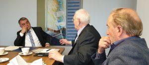 Innenminister Reul im Gespräch mit Friedhelm Ost und Alfons Pieper