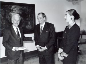 Hans Wallow bei Bundespräsident v. Weizsäcker