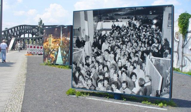 Berlin, Platz des 9. Novembers