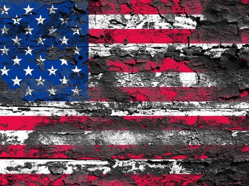 Flagge USA verbrannt