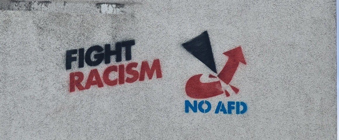 "Graffiti ""fight Racism"""
