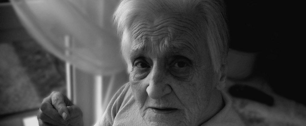 Demente Seniorin