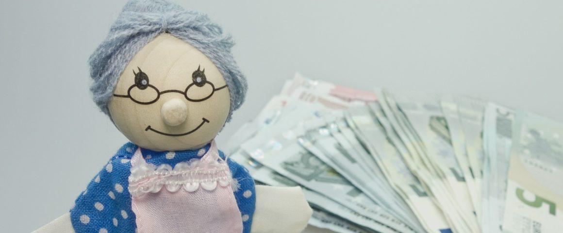 """Oma mit Geldscheinen - Symbolbild """"Rente"""""""