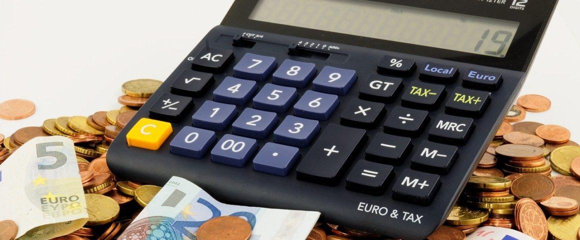 Steuern -Symbolbild