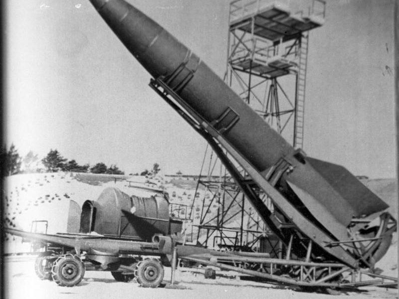 Peenemünde, V2-Rakete auf Abschussrampe